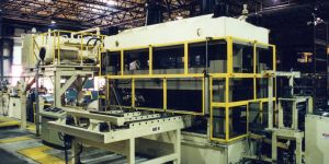 AUTOMOTIVE HYDRAULIC PRE-PIERCE PRESS